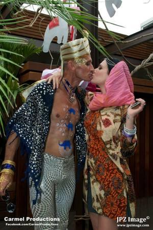 Exotic kiss